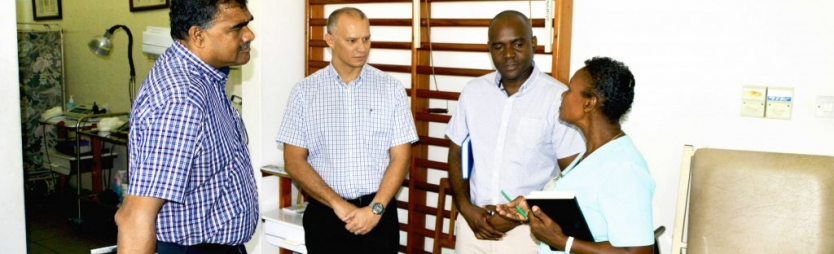 Health minister discusses developments with district representative